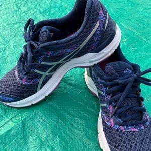 Women's ASICS Gel Excite 4 Sneakers 7.5